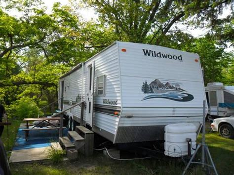2004 Wildwood Travel Trailer for Sale in Holt, Michigan
