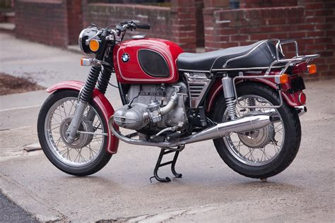 Restored BMW R75/5 - 1973 Photographs at Classic Bikes