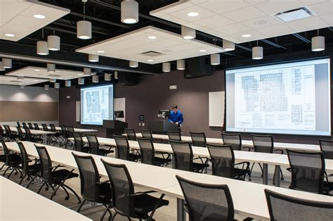 Construction Contracting Firm   Presentation Products