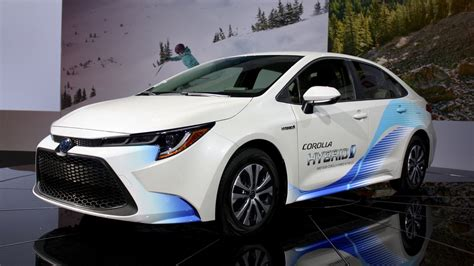The 2020 Toyota Corolla Hybrid Gives You Prius Fuel