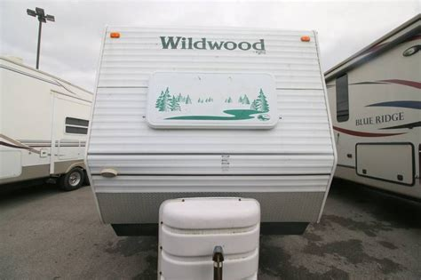 2004 Forest River Wildwood 30BHSS, Travel Trailers RV For