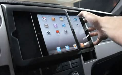 Check Out The First In-Dash iPad 2 Installation - Rides